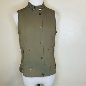 Cache green vest with zipper and button down